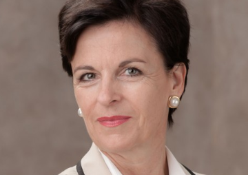 Rechtsanwältin  Dr.  Ina Gienow